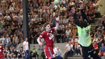 Wollen die Endinger (Lukas Schubnell, links) den Traum von der Nationalliga A am Leben erhalten, ist ein Sieg gegen Gossau heute Pflicht.