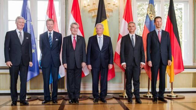 Die Staatsoberhäupter posieren während des Treffens in Bad Doberan
