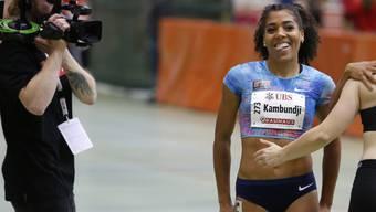 Mujinga Kambundji freut sich nach ihrem Schweizer Rekord