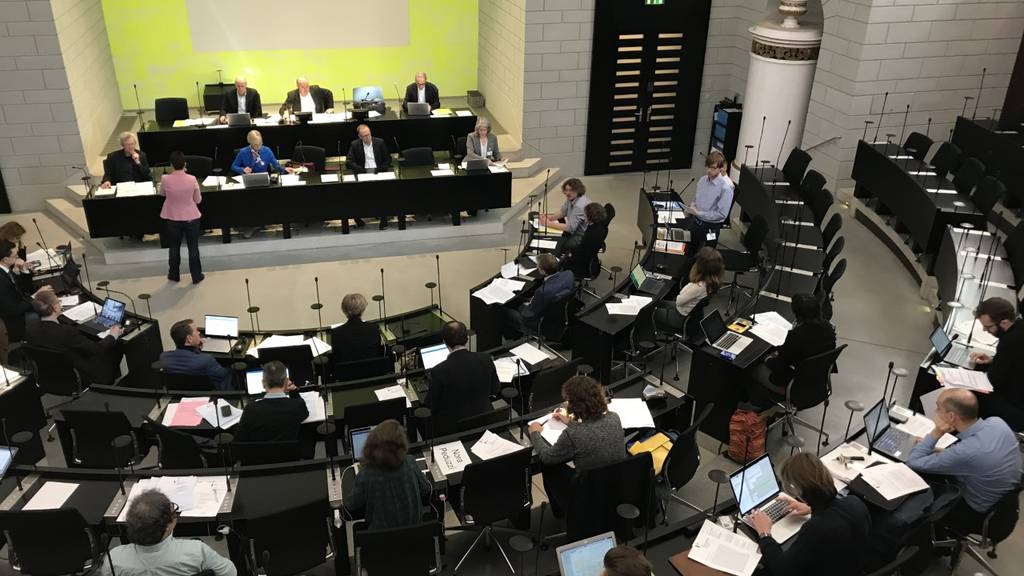 Corona-Virus: Stadtparlament wechselt Saal