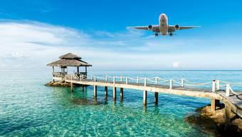 Flugreisen verursachen viel CO2.