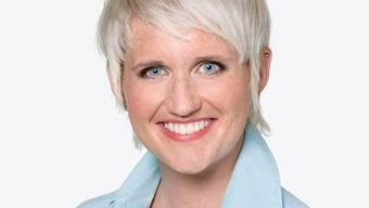 Ein tätowierter Rücken kann entzücken: TV-Moderatorin Steffi Buchli (Bild SRF)