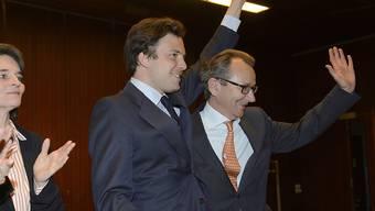 Raymond Loretan (rechts) mit der unterlegenen Béatrice Hirsch bei der CVP-Nominationsversammlung in Genf