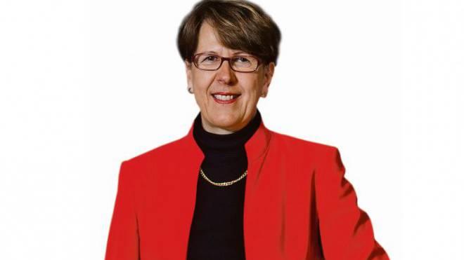 Post: Susanne Ruoff 985 000 Franken verdient die Konzernleiterin. Sie ist bereit, für weniger zu arbeiten.