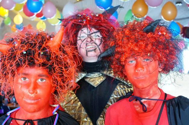 Am Kinderfasnachtsball im Gemeindesaal schlüpften zahlreiche Mädchen, Buben und ihre Eltern in eine andere Identität.