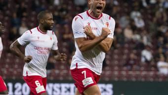 Pajtim Kasami und seine Teamkollegen feiern: Sion stellt den Klassenerhalt am letzen Spieltag sicher