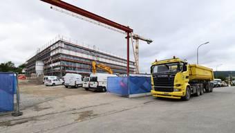 Die neue Sekundarschule an der Brislachstrasse in Laufen ist derzeit die grösste Baustelle, die der Kanton Baselland verantwortet.