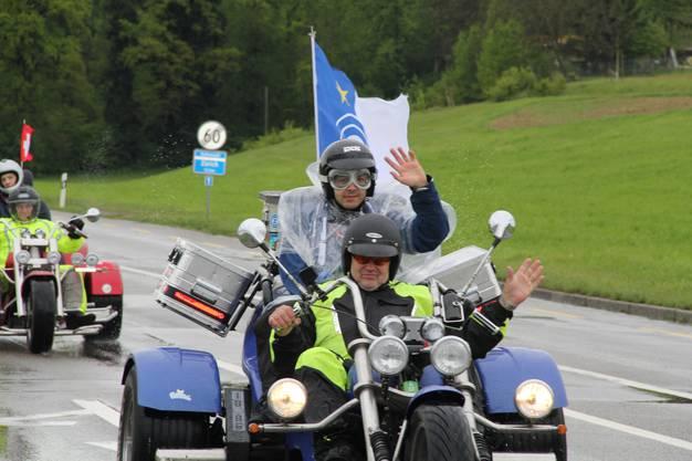 Love Ride 2017: 1250 Motorräder standen zur Verfügung, um mit Behinderten auszufahren.