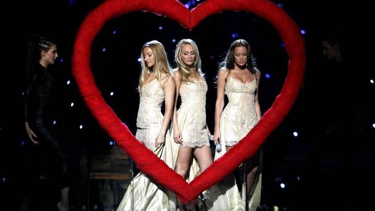 Hüsch anzusehen - mehr nicht: Aus für die drei Herzchen namens Feminnem aus Slowenien.