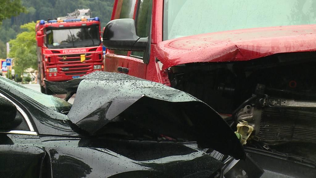 Frontalkollision in Wittenwil (TG): Fahrer eingenickt - eine Schwerverletzte, zwei Kinder leicht verletzt