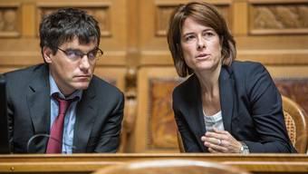 Roger Nordmann (SP) und Petra Gössi (FDP) haben sich in der Sonntagspresse zur Pandemie geäussert. Bei Beiden stehen wirtschaftspolitische Forderungen im Vordergrund.