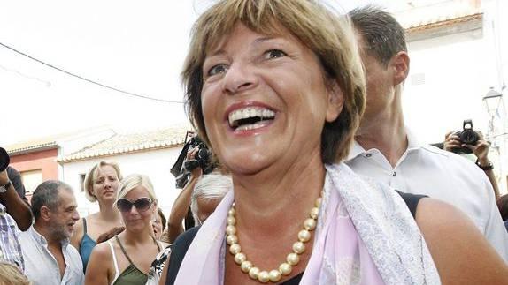 Freude herrscht: Ulla Schmidt hat ihren Dienstwagen wieder.