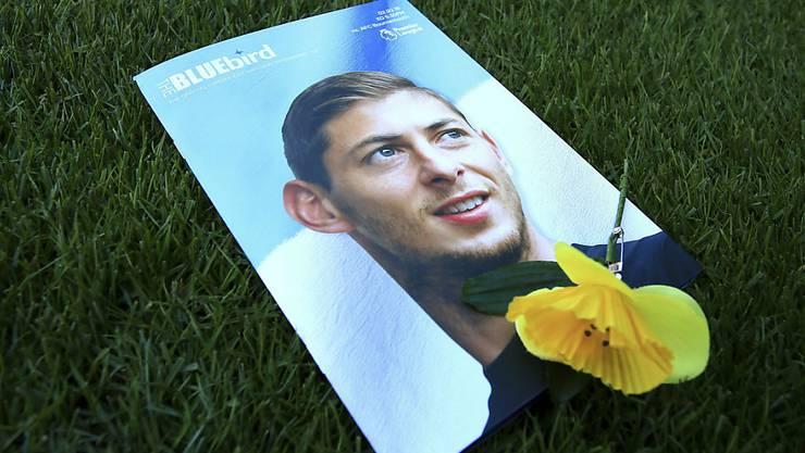 Flugzeugabsturz: Die britischen Behörden haben am Freitag, 8. Februar offiziell  den Tod des Fussballers Emiliano Sala bestätigt.