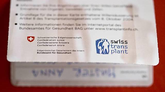 Ein Organspendenausweis (Archiv)