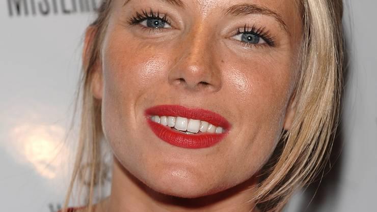 Siennas schönstes Lächeln gehört-  ihrem Fahrlehrer.