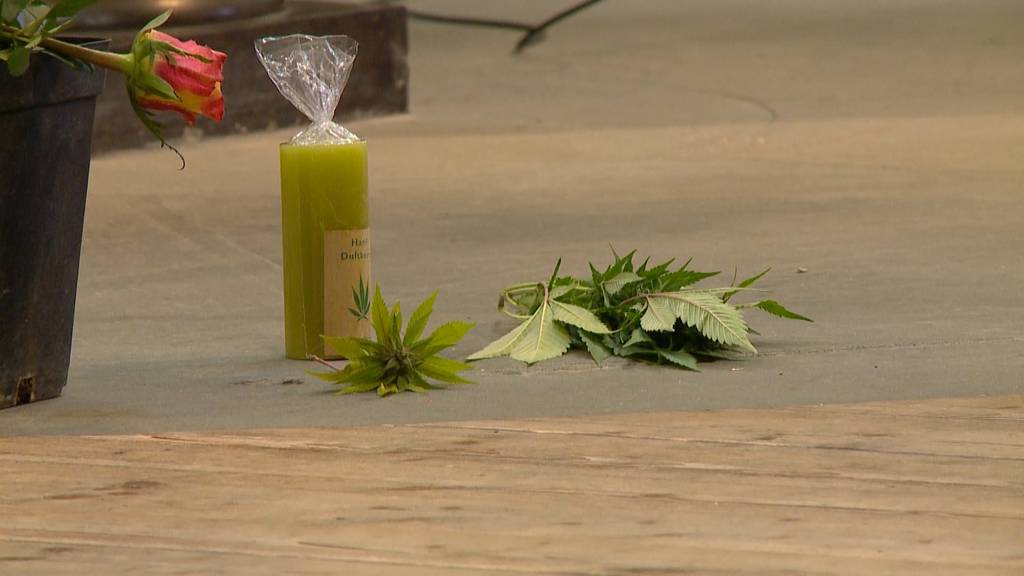 Hanf-Ueli mit Trauerfeier im Grossmünster verabschiedet