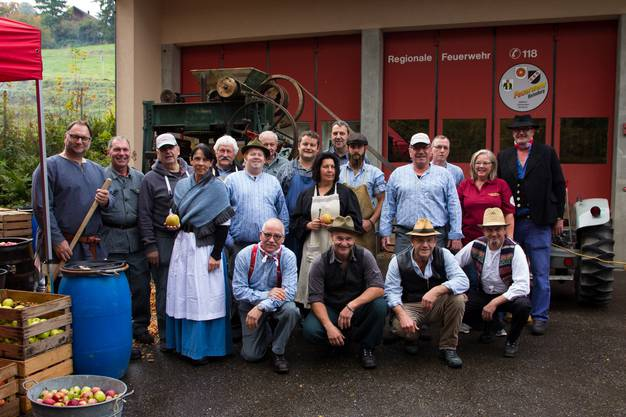 In Hilfikon wurde gemosten wie früher. Organisiert hat den Anlass der Feuerwehrverein Rietenberg.