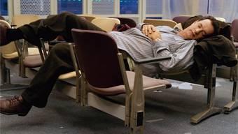 Im Film «Terminal» sitzt Tom Hanks am Flughafen fest: Werden solche Bilder in der Schweiz bald teuer?