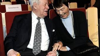 Loki Schmidt, die Frau an der Seite von Helmut Schmidt, ist tot