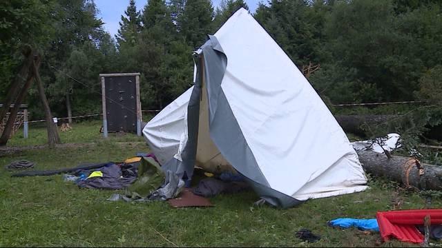 Tödliches Zeltlager-Drama