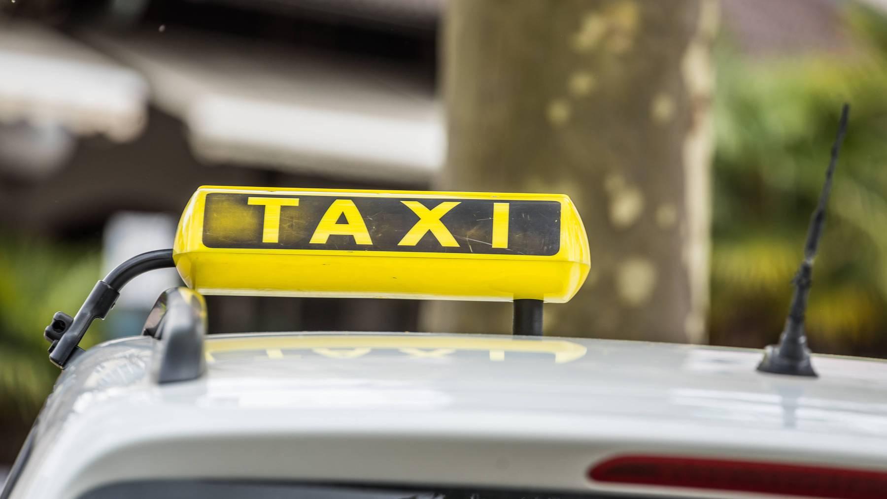 symbolbild taxi