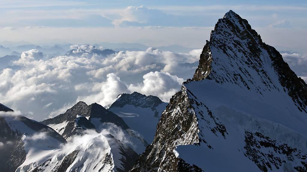 Das Finsteraarhorn ist der höchste Gipfel der Berner Alpen (Archivbild)