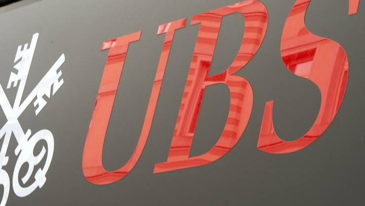 Ein Mitarbeiter bei der Solothurner Niederlassung der Grossbank UBS steht unter Verdacht, Kundengelder veruntreut zu haben.