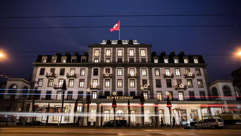 Hotel Schweizerhof Luzern spendet über 10'000 Schutzmasken