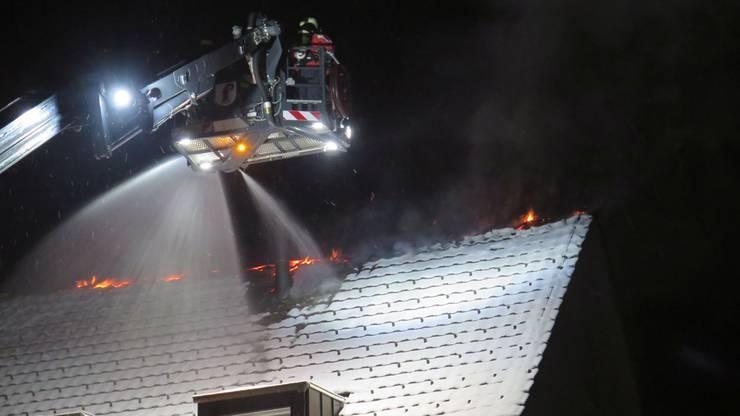 Die Feuerwehr war schnell vor Ort. Es wurde niemand verletzt.