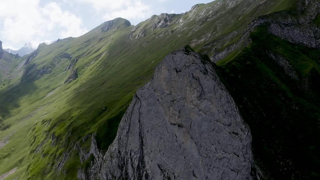Atemberaubend: Profikletterer Michael Wohlleben im Alpstein