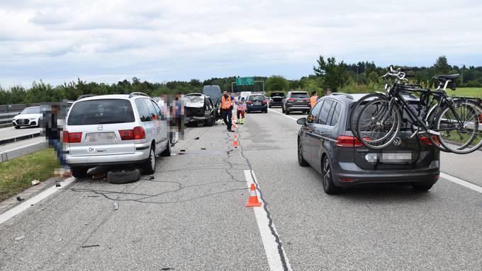 Auffahrunfall: In Luterbach kollidierten drei Autos.