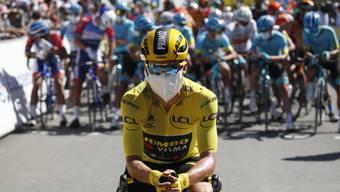 Primoz Roglic ist der erste slowenische Radfahrer, der sich in das Maillot Jaune für den Gesamtführenden einkleiden lassen konnte.