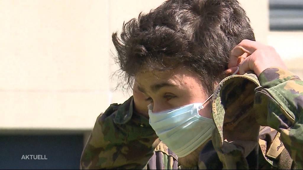 So schützen sich die Spital-Soldaten in der Aarauer Kaserne