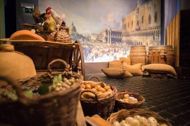 Der Hafen von Venedig: Im 17. Jahrhundert eine wichtige Drehscheibe für den Kaffeetransport