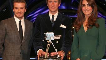 Kate posiert zusammen mit dem britischen Sportler des Jahres, Bradley Wiggins, und dem Fussballer David Beckham
