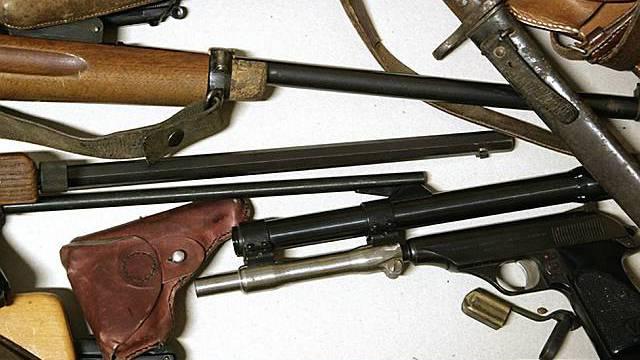 Agbegebenen Waffen (Archiv)