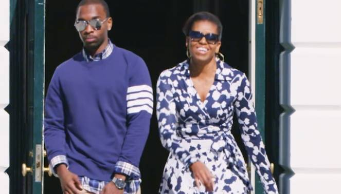 Michelle Obama zusammen mit dem Komiker Jay Pharoah.