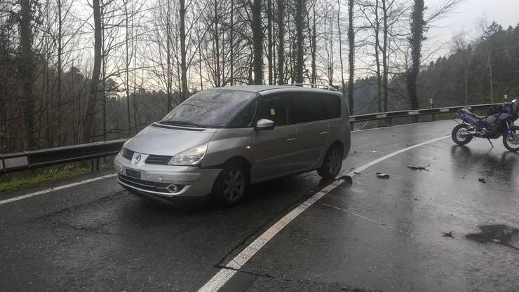 Auf der Zugerstrasse in Horgen ist ein Töfffahrer tödlich verunglückt.