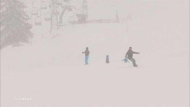 Zürcher Oberland freut sich über Schneefall