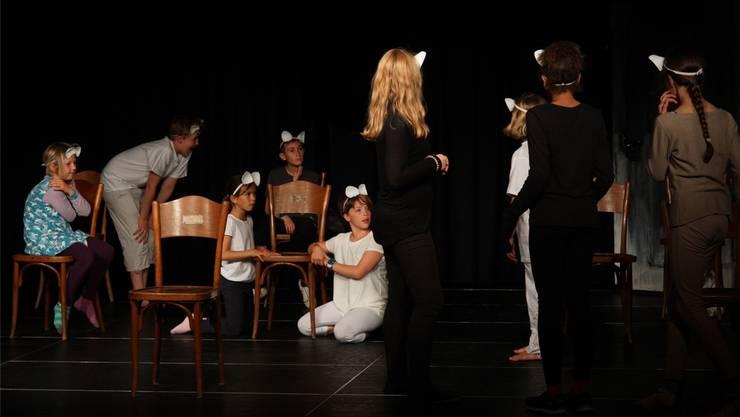 Die Kinder freuen sich auf ihren Auftritt morgen Abend um 19.30 Uhr. Dominic Kobelt