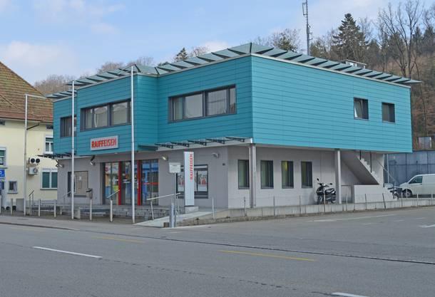 18. Oktober 2011: Die zwei Räuber erbeuteten in der Raiffeisenbank Murgenthal rund 28 500 Franken.