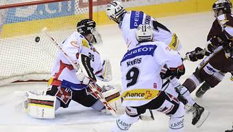 Kamerzin (rechts) traf für Genf zur zwischenzeitlichen 2:0-Führung