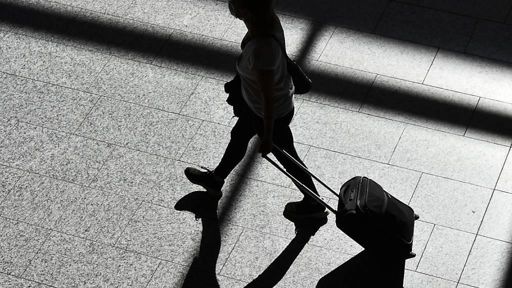 Bundesrat entscheidet über Reiseregeln für die Herbstferien