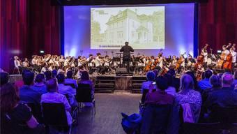 Im Mai 2014 hat die Musikschule Brugg ihr 25-Jahr-Jubiläum mit viel Publikum im Campussaal Brugg-Windisch gefeiert. SAN/Archiv az