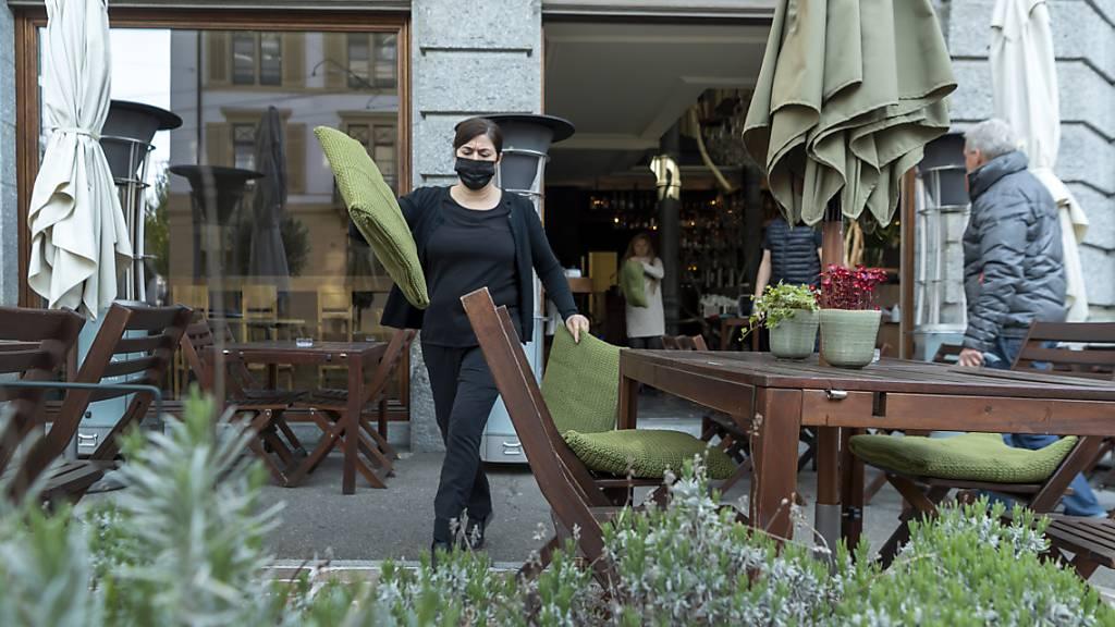 Noch kein grosser Ansturm auf Schweizer Restaurant-Terrassen