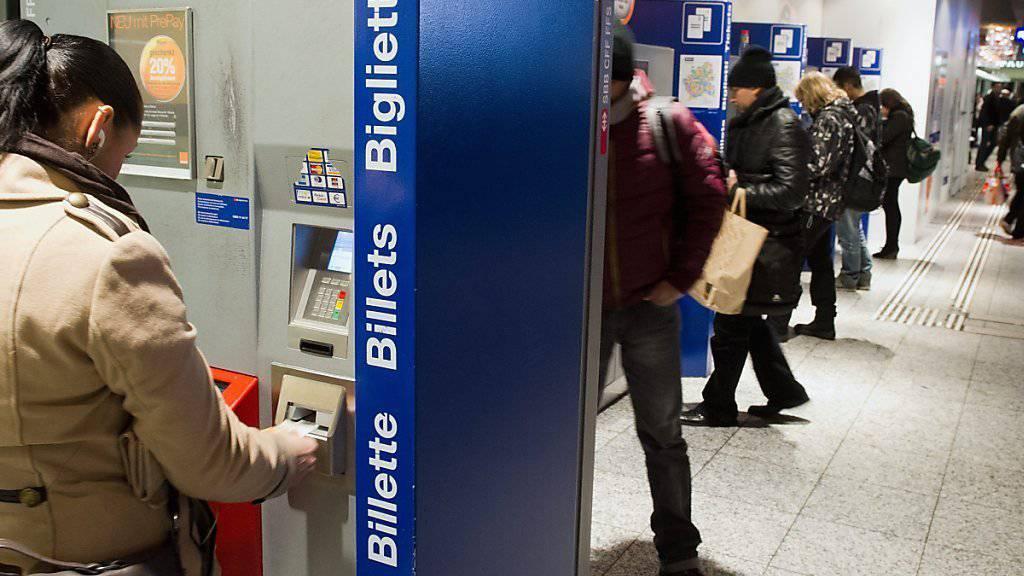 Nicht alle Kunden würden bei Billettautomaten die Tickets lösen können.