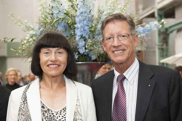 Rita Brühlmann und Josef Bürge wurden von der Versammlung mit Applaus für ihre Verwaltungsratstätigkeit verabschiedet