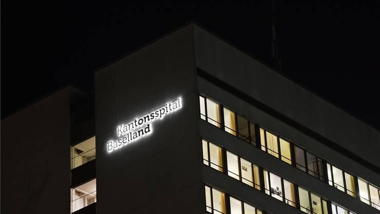 Dunkle Zeit für das Kantonsspital Baselland: Wegen falsch angesetzter Spitaltarife dohen nun Millionenverluste.
