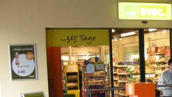 In den «Avec»-Shop am Bahnhof Grenchen Süd wurde eingebrochen (Archiv)