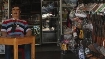 Ein Pablo-Escobar-Laden in einem kleinen kolumbianischen Städtchen. Die Spuren des berühmt-berüchtigten Drogenbosses sind auch 23 Jahre nach seinem Tod noch sichtbar.